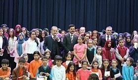 Elmadağ'da Bir Yıl Boyunca Yapılan Yarışmaları Kazanan Öğrenciler Belediye Başkanınca Ödüllendirildi
