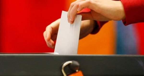 YSK, 2015 Erken Seçim Tarihini Belirledi