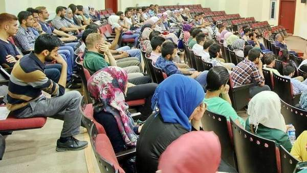 2 Bin Suriyeli Üniversitelerde