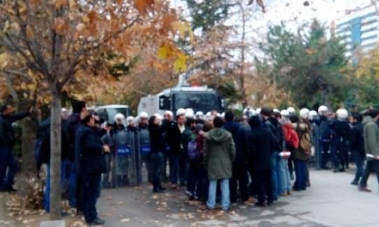 Anadolu Üniversitesi'nde gergin protesto