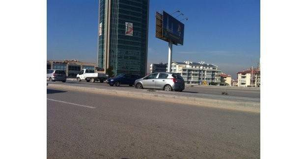 Çetin Emeç Bulvarı'nda trafik kazası