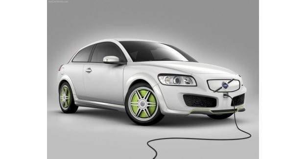 Dünyada elektrik otomobili şatışları her geçen gün yükseliyor