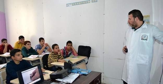Çocuklar Suriye'yi yeniden inşa edecek