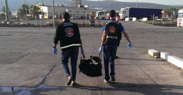 Mersin'de Gümrük Muhafaza ekipleri 60 kilo esrar ele geçirdi