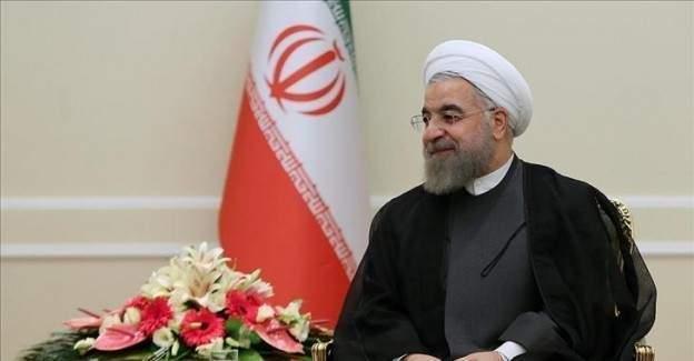 İran'dan Vatikan açılımı