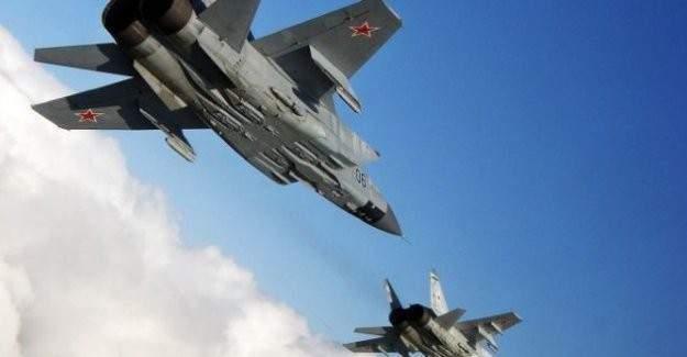 Rusya'dan Suriye'de hava saldırısı: 10 ölü