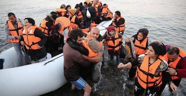Ölen sığınmacılara mezar kalmadı