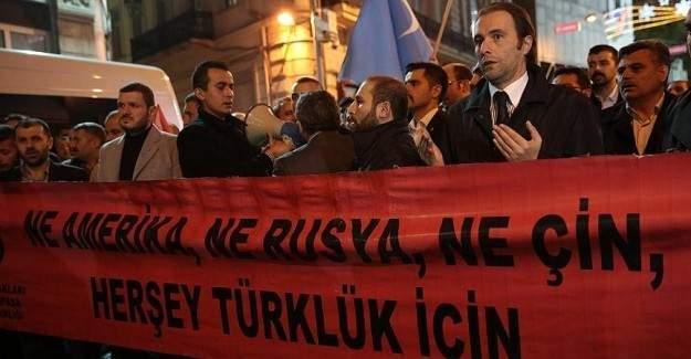 Türkmen köylerine saldırı protesto ediliyor