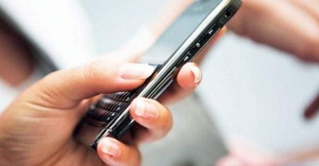 Yurtdışından gelen gurbetçilere cep telefonu süprizi