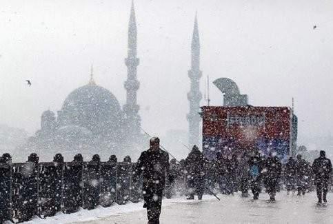 İstanbul'a yılbaşında kar uyarısı!