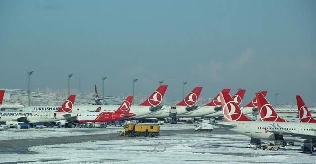 Bazı uçak seferleri iptal edildi