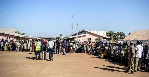 Karşıt gruplar arasında çıkan çatışmada 38 kişi öldü