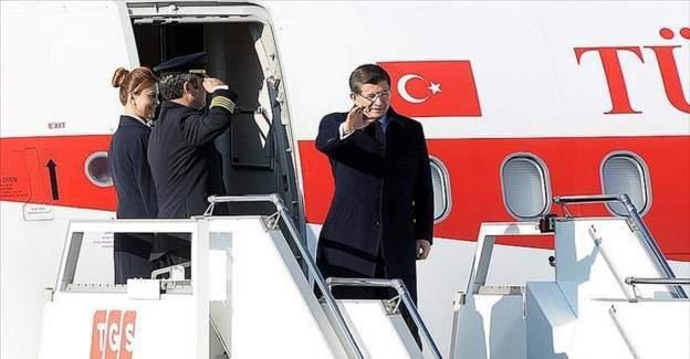 Başbakan Davutoğlu Hollanda'ya gitti