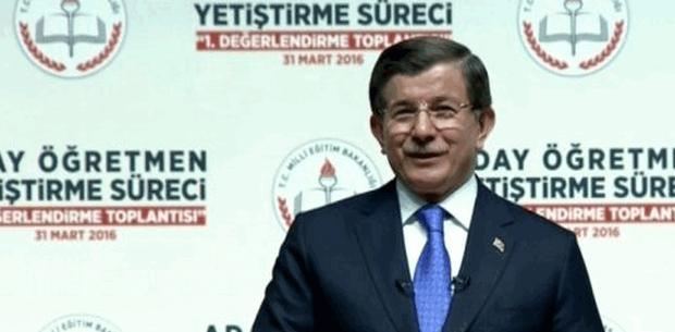 Başbakan Ahmet Davutoğlu Aday Öğretmen Yetiştirme Süreci değerlendirme toplantısında konuştu
