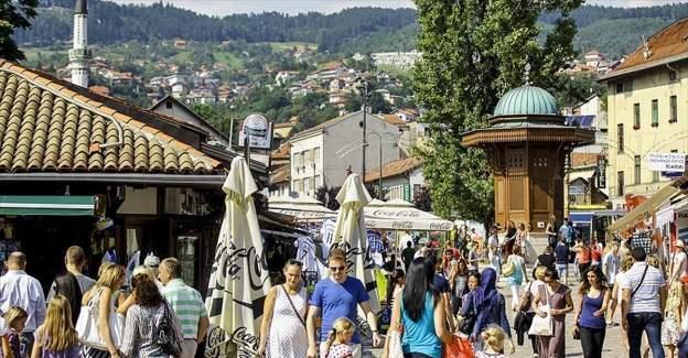 Bosna Hersek vatandaşlarının Türkiye'de vizesiz kalış süresi uzatıldı