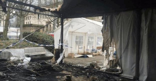 Brüksel'deki PKK çadırına Türk vatandaşları el attı!