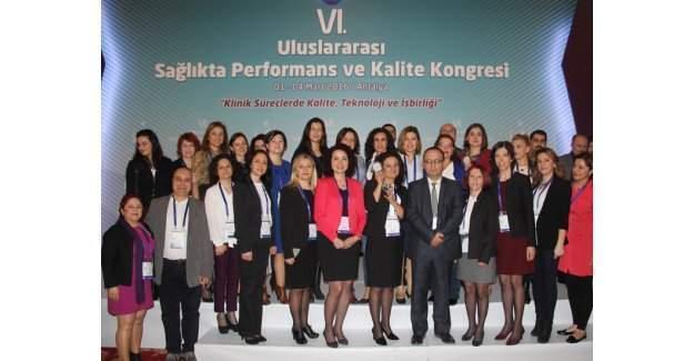 İzmir Kuzey KHB'ye Sağlıkta Performans ve Kalite Kongresi'nden ödül