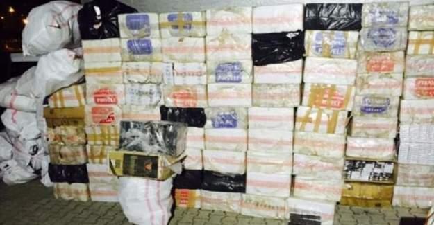 Van'da cenaze aracıyla sigara kaçakcılığı