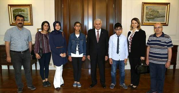Başbakan Yıldırım, TEOG şampiyonlarını kabul etti