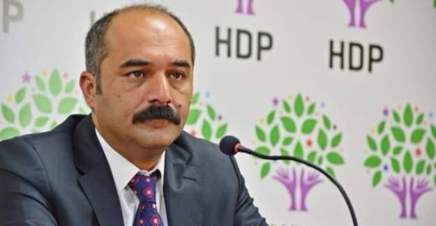 HDP Van Milletvekili Berdan Öztürk yine terörist cenazesinde