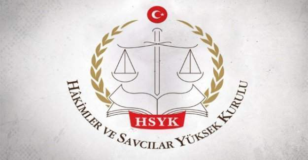 HSYK, Adil Öksüz'ü serbest bırakan iki hâkimi açığa aldı
