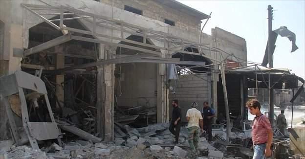 Suriye'de Esed ve Rus uçakları İdlib'i bombaladı: 5 ölü, 11 yaralı