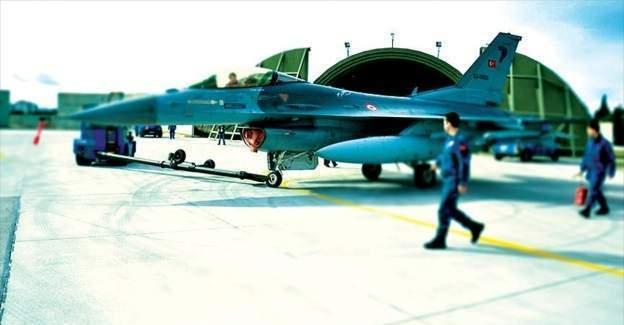 Hava Kuvvetlerine dönüş için 6 eski ordu mensubu başvuru yaptı
