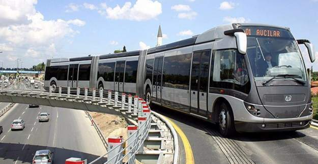 İstanbul'daki metrobüslerin kapasitesi arttırılıyor