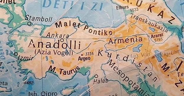 Kosova'da Ermenistanlı ve Kürdistanlı Türkiye haritası skandalı!