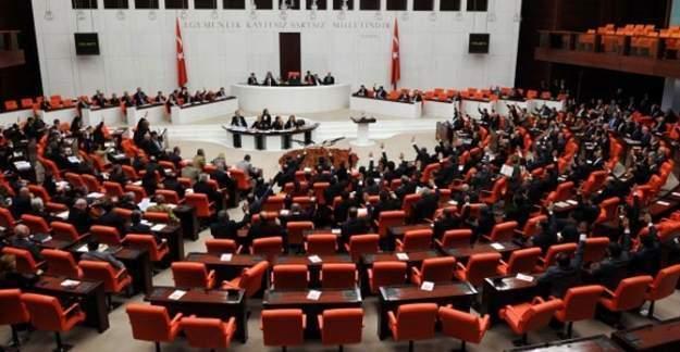 Meclisteki bilgisayarlarda FETÖ soruşturmasına takıldı
