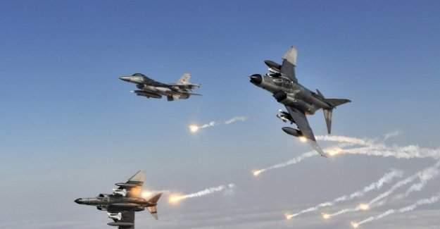 TSK Açıkladı:Sızma Girişimindeki Teröristler Vuruldu!!!