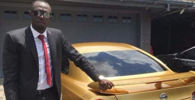 Usain Bolt'a Muhteşem Hediye: Altın Otomobil ve Çerçeve!