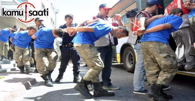 Ankara'da aralarında subaylarında bulunduğu 12 asker tutuklandı