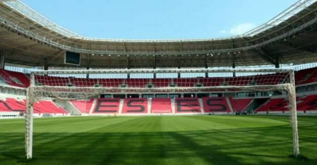Türkiye'nin en büyük statlarından Eskişehir Stadyumu hazır!
