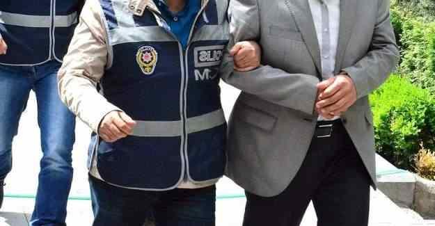 36 adliye çalışanı FETÖ'den gözaltına alındı