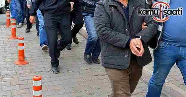 Öğretmen ve polislere FETÖ operasyonu: 60 gözaltı