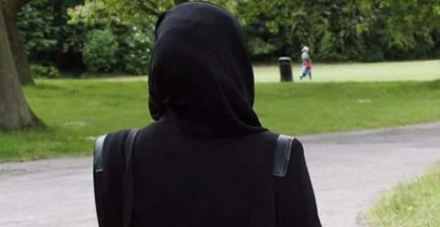 Müslüman kadına hakaret eden adama ceza
