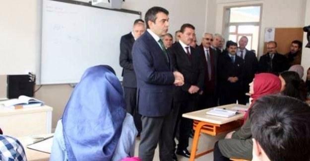 MEB Müsteşarı Yusuf Tekin'den öğrencilere müjdeli haber