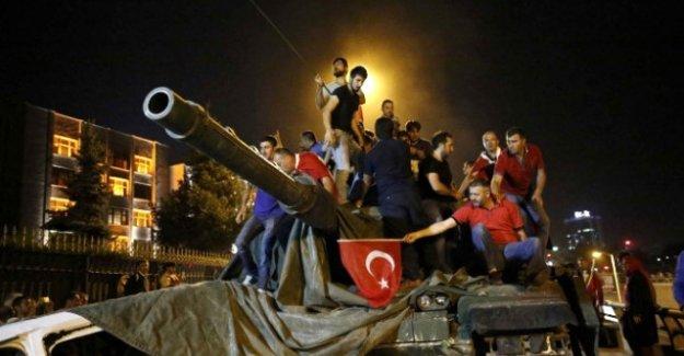 Sivas'ta '15 Temmuz' konulu resim yarışması