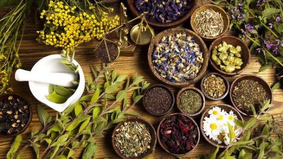 Açıkta satılan bitki çayları karaciğer kanserine yol açıyor