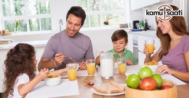 Sağlıklı diyet için günde kaç öğün yenmelidir,  3 öğün mü, 6 öğün mü?