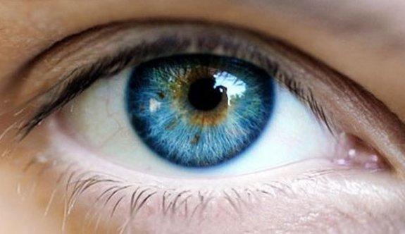 Tıp tarihinde ilk, 'göze kök hücre nakli gerçekleşti'
