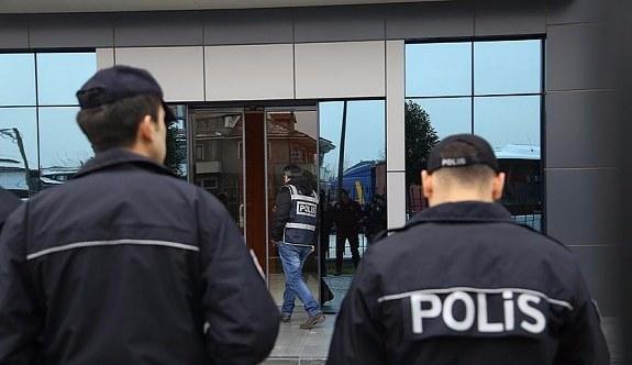 Polislere 3 ilde FETÖ operasyonu