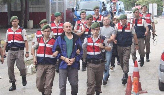 Yunanistan'a kaçarken yakalanan FETÖ'cüler tutuklandı