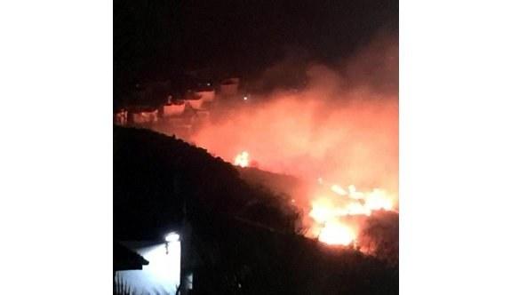 Bodrum'da korkutan yangın, çalışmalar devam ediyor