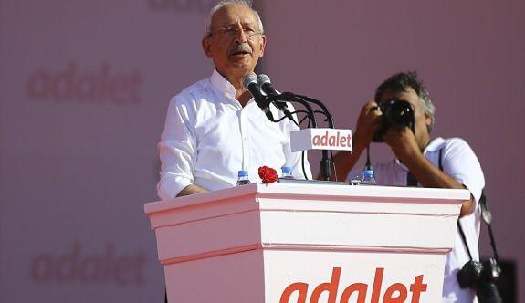 Kılıçdaroğlu, Adalet Mitinginde 10 maddelik bildiri okudu