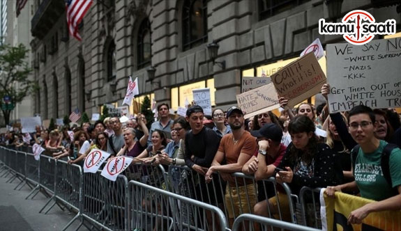 Trump'a New York'taki evinin önünde protestolu karşılama