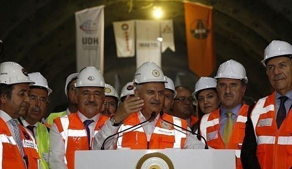 Sabuncubeli Tüneli ile İzmir-Manisa arası 15 dakikaye düşüyor