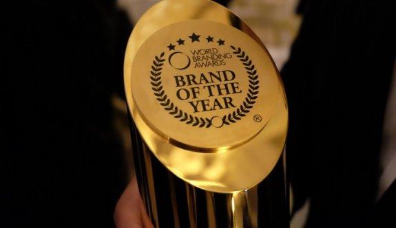 """World BrandingAwards'tan  Efes'e """"Yılın Markası"""" ödülü"""