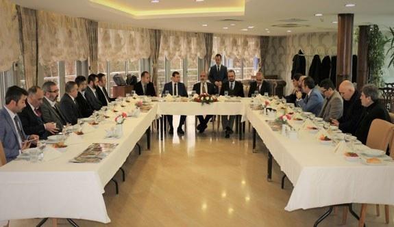 Cumhurbaşkanı Başdanışmanı Yalçın Topçu'nun gündeme ilişkin açıklamalarda bulundu
